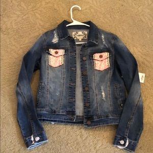 New! TANNIS Jean jacket with embroidered design!